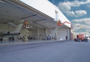 hangar-slider